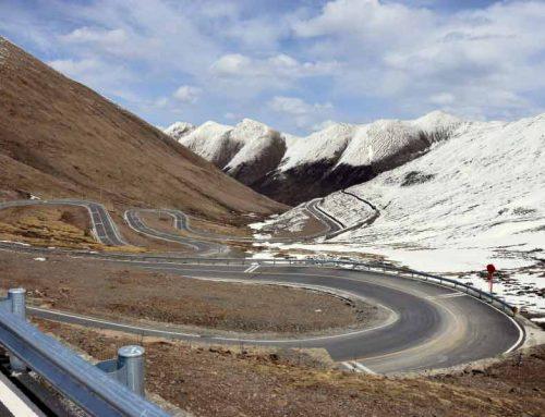 Fünf der aufregendsten Straßen in China mit dem Motorrad